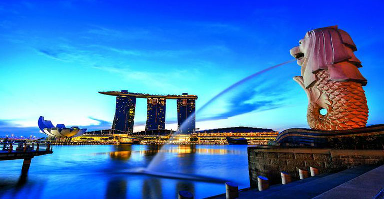 Singapore/s multicultural heritage & high standard of living is also something that students can be rest assured of.